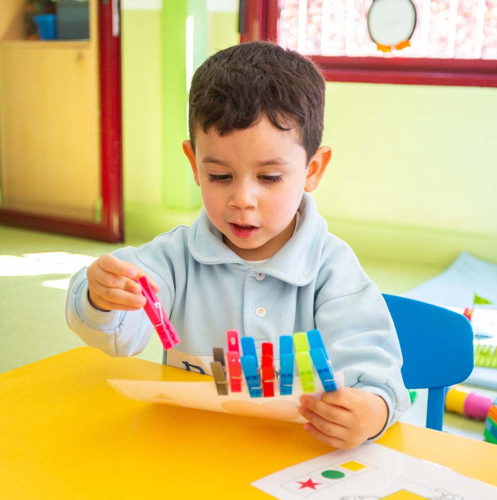 Proyecto educativo Paso a Paso colores